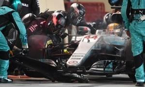 Lewis Hamilton xin lỗi vì bị phạt năm giây ở Bahrain