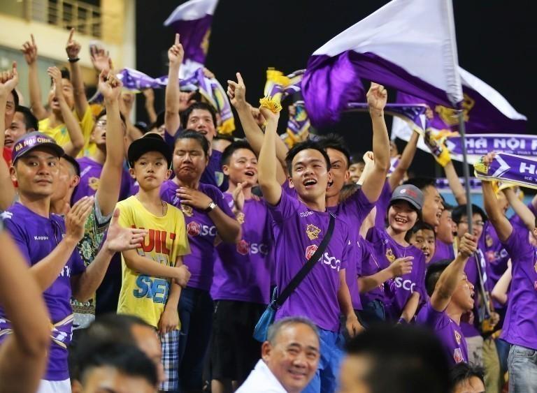 SCG mang đến không khí hào hứng cho người hâm mộ Hà Nội
