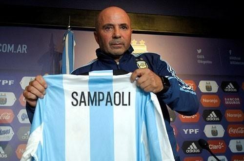 Sampaoli: 'Messi cần những đồng đội ăn ý ở đội tuyển Argentina'