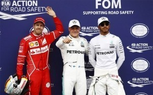 Bottas giành pole tại Áo, Hamilton hòa giải Vettel
