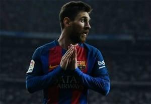 Pique: 'Barca sẵn sàng cho Messi chơi ở vị trí tiền vệ'