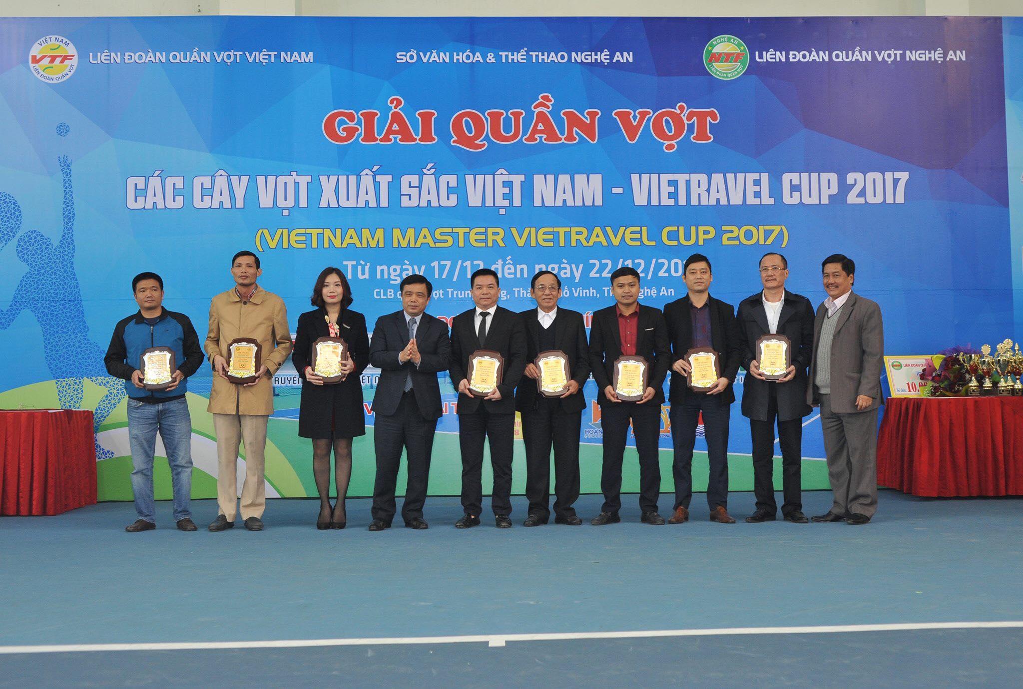 Khởi tranh giải quần vợt các Cây vợt xuất sắc Việt Nam - Cúp Vietravel 2017
