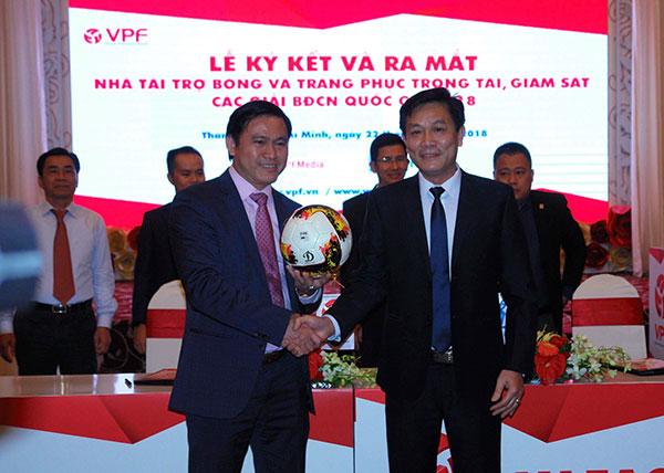 Động Lực tiếp tục là nhà tài trợ Bóng và trang phục cho các Giải bóng đá chuyên nghiệp Việt Nam