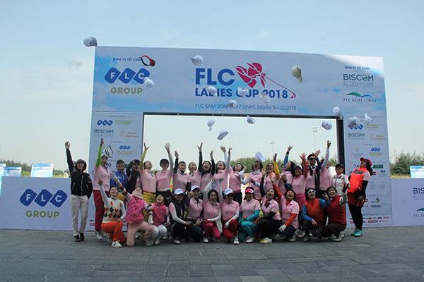 Gần 200 golfer nữ tham dự giải Golf FLC Ladies Cup 2018