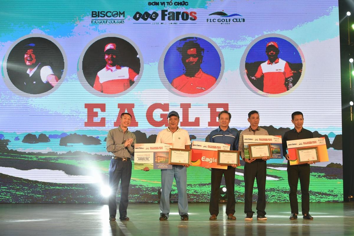 4 golfer giành giải Eagle - Ngày thi đấu thứ 2 FLC Faros Golf Tournament 2018