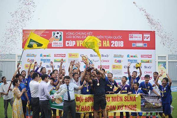 Sông Lam Nghệ An lên ngôi Vô địch giải Bóng đá Thiếu niên toàn quốc Cúp VPP Hồng Hà