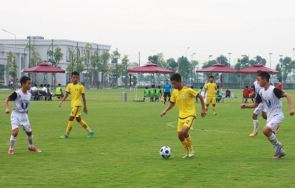 PVF và Sông Lam Nghệ An xuất sắc vào Chung kết giải Bóng đá Thiếu niên toàn quốc Cúp VPP Hồng Hà 2018