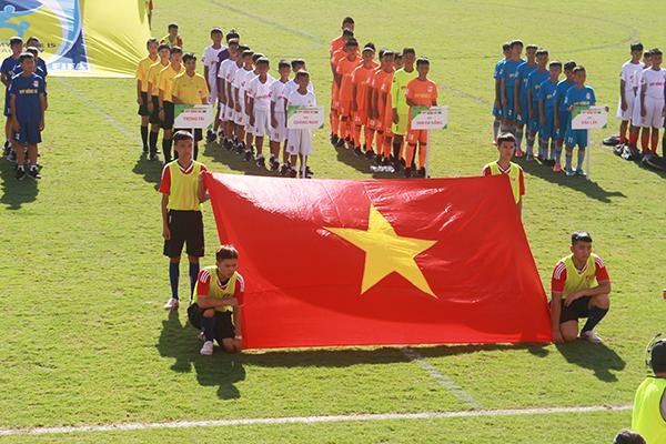 12 đội chính thức tranh tài tại VCK giải Bóng đá Thiếu niên toàn quốc Cúp VPP Hồng Hà 2018