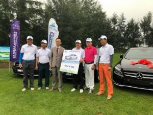 Golfer Cao Xuân Hùng xuất sắc ghi HIO, mang về 4 xe Mercedes C200 tại Bamboo Airways Takeoff Golf Tournament 2018