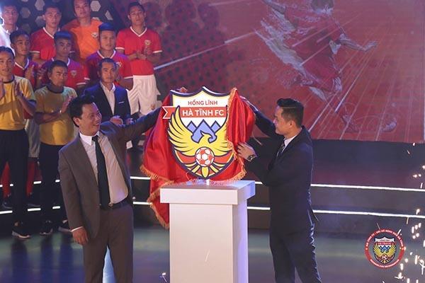HLV Phạm Minh Đức tự tin dẫn dắt Hồng Lĩnh Hà Tĩnh thăng hạng V-League