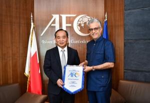 Chủ tịch VFF Lê Khánh Hải thăm và làm việc với Chủ tịch AFC