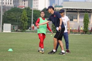 VFF ký hợp đồng với chuyên gia Nhật Bản tăng cường công tác đào tạo bóng đá nữ trẻ