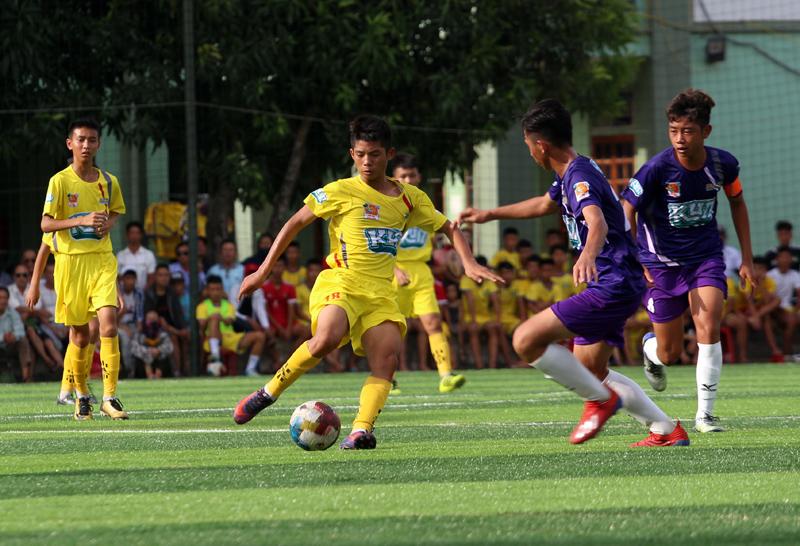 Bán kết Giải bóng đá Thiếu niên TQ: Bất ngờ U13 PVF, chung kết là cuộc đấu nội bộ của xứ Nghệ