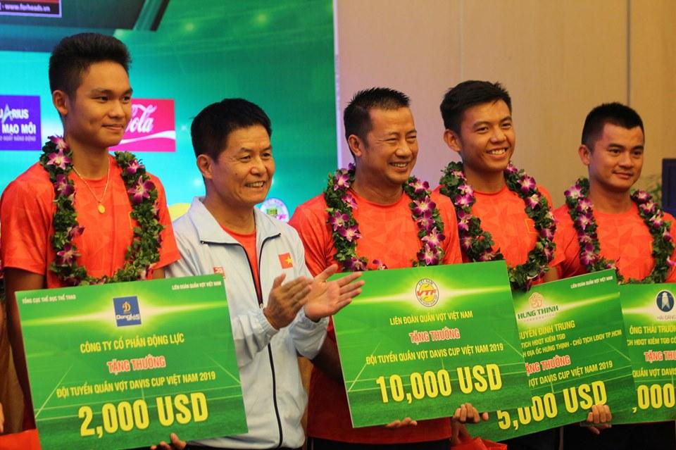 VTF tổ chức lễ mừng công cho ĐT quần vợt Việt Nam