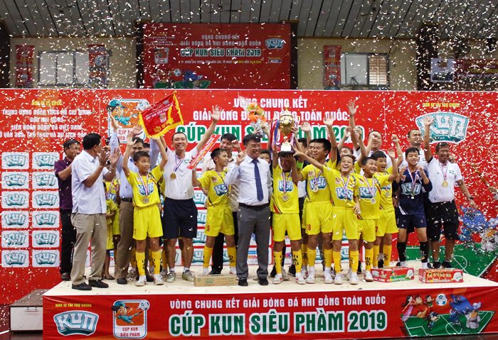 Giải bóng đá Nhi đồng Toàn quốc – Cúp Kun siêu phàm 2019: U11 SLNA lên ngôi thuyết phục