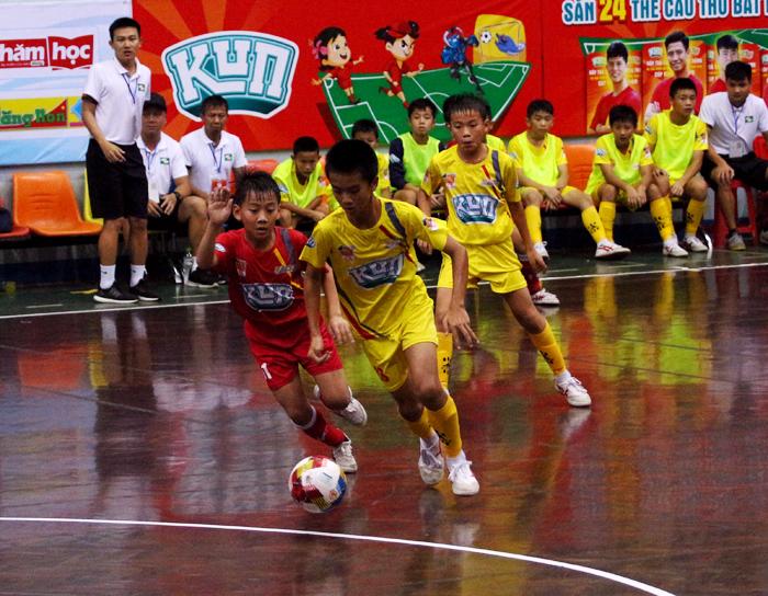 Bán kết giải Nhi đồng toàn quốc – Cúp Kun siêu phàm 2019: SLNA thắng vất vả PVF, Hà Nội vào chung kết thuyết phục