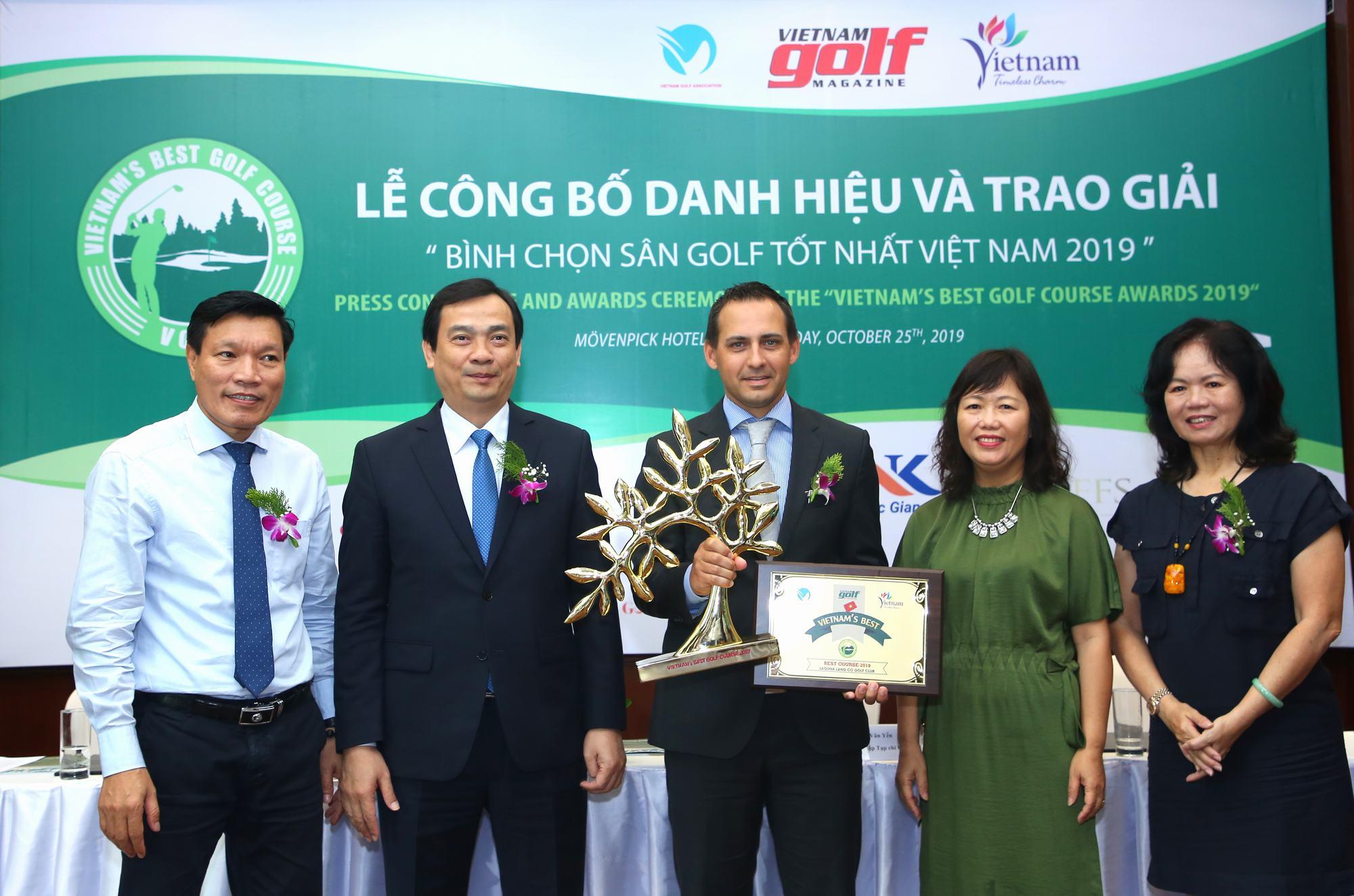 Sân golf Tốt nhất Việt Nam 2019  thuộc về sân golf Laguna Lăng Cô