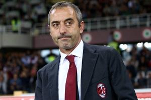 AC Milan trảm tướng sau 4 tháng