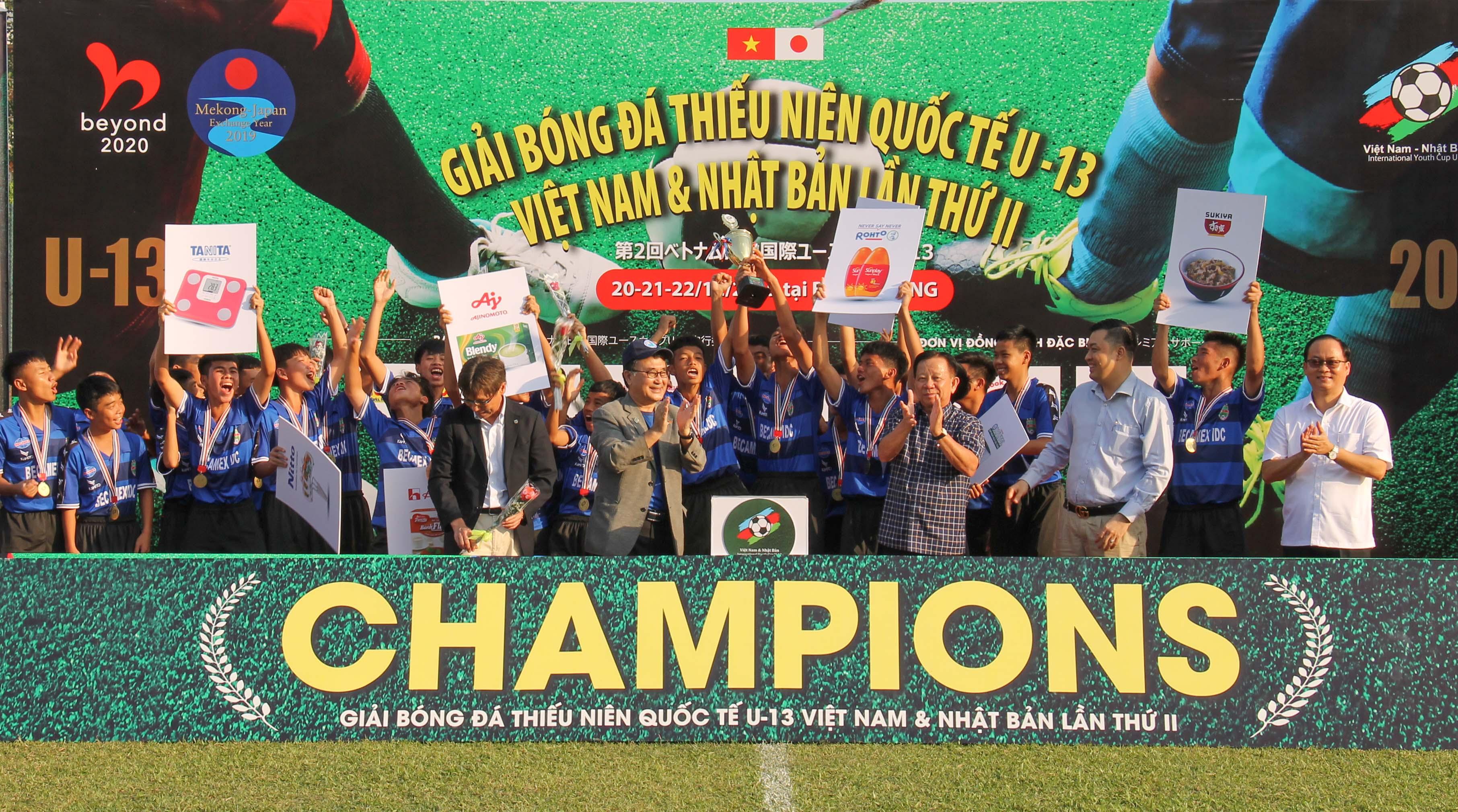 B. Bình Dương vô địch tại giải giao hữu quốc tế U-13 Việt - Nhật lần 2