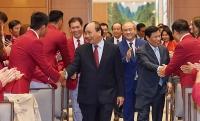 Thủ tướng Nguyễn Xuân Phúc gặp mặt các VĐV, HLV đạt thành tích cao tại SEA Games 30