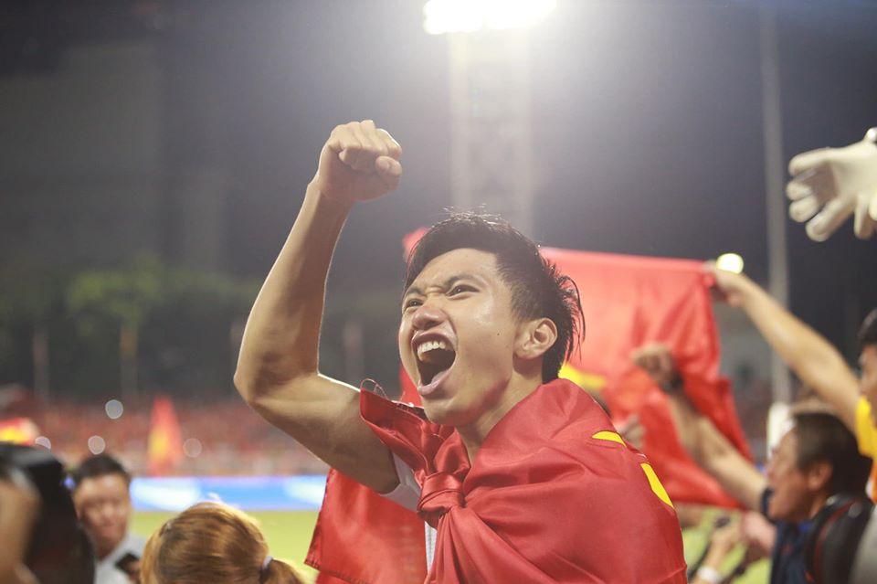 Thắng đậm U22 Indonesia 3-0, U22 Việt Nam giành tấm HCV lịch sử