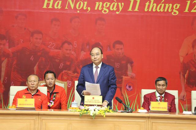 Vingroup tặng thưởng tổng giá trị gần 8 tỷ đồng cho đoàn Thể thao Việt Nam tại SEA Games 30