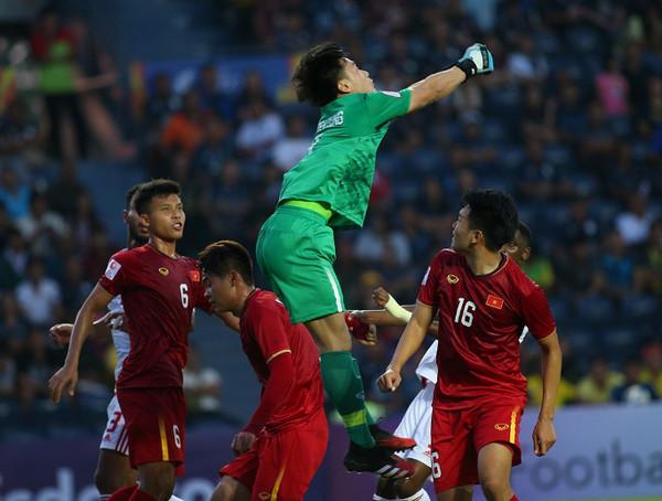 U23 Việt Nam cầm hòa U23 UAE ở trận mở màn bảng D