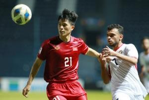 Đình Trọng tin U23 Việt Nam vẫn có thể giành vé đi tiếp