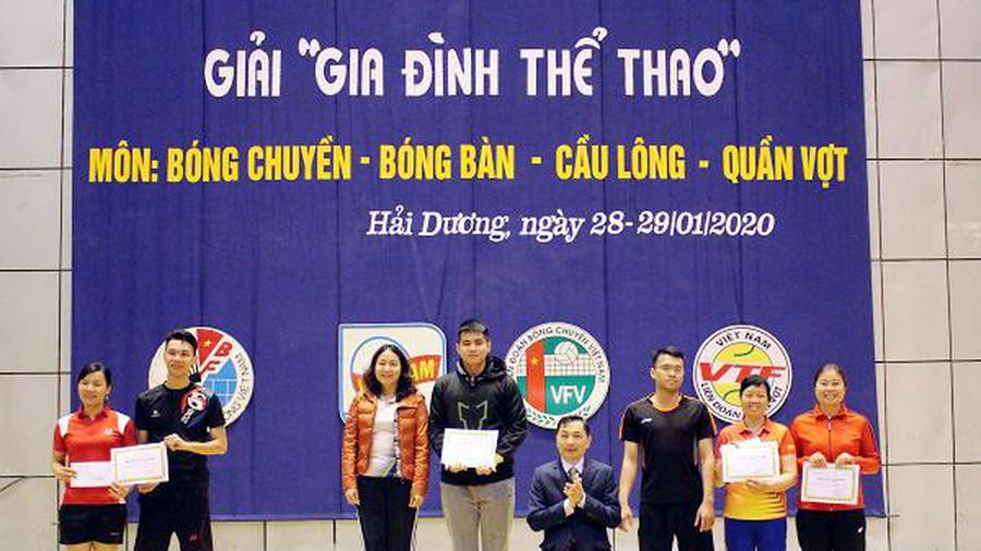 Hơn 100 gia đình tham gia thi tài thể thao đầu xuân Canh Tý