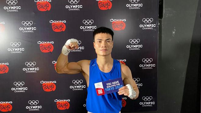 VĐV Boxing Nguyễn Văn Đương giành vé thứ 5 cho Việt Nam dự Olympic 2020