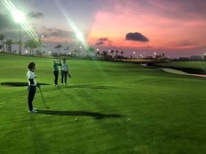Trải nghiệm cùng lúc tuyệt phẩm của 2 huyền thoại golf Jack Nicklaus và Greg Norman