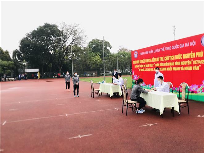"""Trung tâm Huấn luyện Thể thao Quốc gia Hà Nội hưởng ứng nghĩa cử cao đẹp """" Hiến máu cứu người"""""""