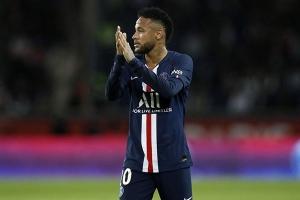 Neymar sẽ ở lại Paris Saint-Germain