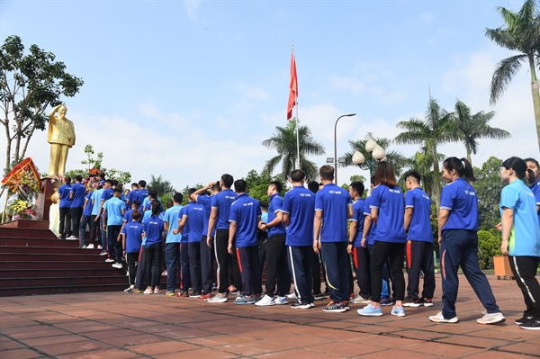 Trung tâm Huấn luyện thể thao quốc gia Hà Nội tổ chức Lễ kỷ niệm 130 năm Ngày sinh Chủ tịch Hồ Chí Minh