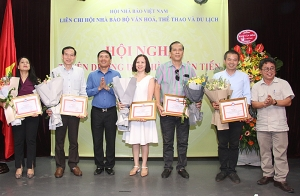 Liên Chi hội Nhà báo Bộ VHTTDL tổ chức Hội nghị tuyên dương điển hình tiên tiến