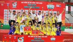 Đánh bại chủ nhà Phú Yên 3-0, Sông Lam Nghệ An lần thứ 6 vô địch Nhi đồng toàn quốc