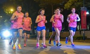 Giải VnExpress Marathon Hanoi Midnight 2020 tô vẽ thêm về bức tranh đêm Hà Nội