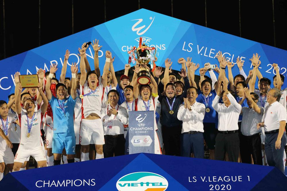 CLB Viettel lên ngôi vô địch V.League 2020