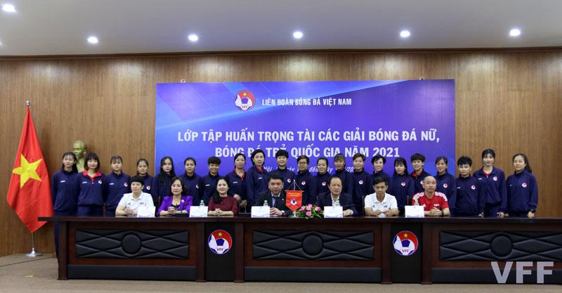 Khai mạc tập huấn trọng tài các giải bóng đá Nữ, bóng đá trẻ Quốc gia năm 2021