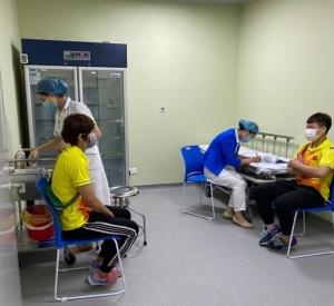 17 vận động viên, huấn luyện viên đầu tiên được tiêm vắc xin Covid-19