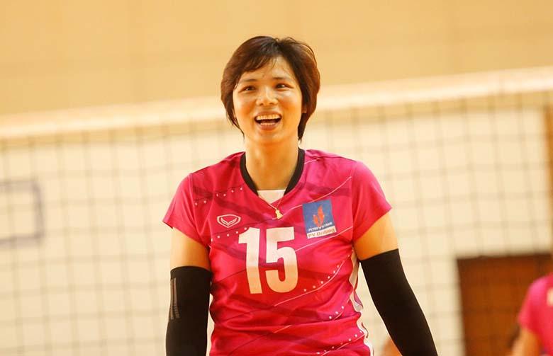 Bùi Thị Huệ xác lập kỷ lục 20 năm thi đấu liên tiếp ở giải VĐQG
