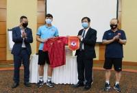 Đại sứ đặc mệnh toàn quyền Việt Nam tại UAE thăm và động viên tinh thần ĐT Việt Nam