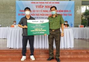 Hết hạn cách ly sau khi trở về cùng ĐT Việt Nam, Công Phượng tiếp sức chống dịch tại TP.HCM